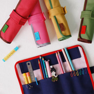 ROLL PENCIL CASE