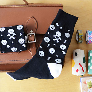 openroom socks-skull